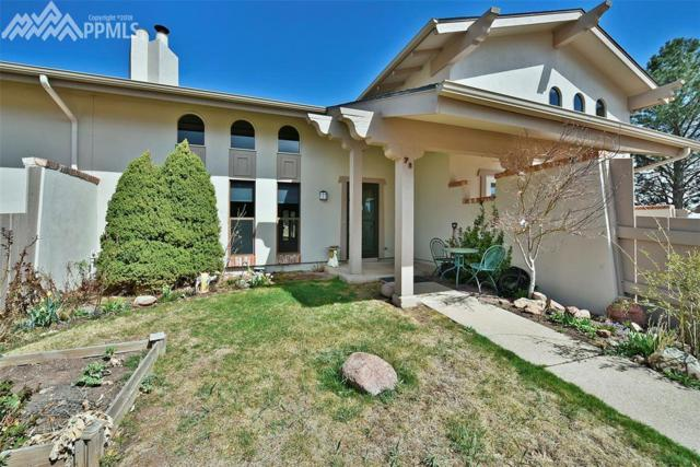 5208 Kissing Camels Drive F2, Colorado Springs, CO 80904 (#5454695) :: 8z Real Estate
