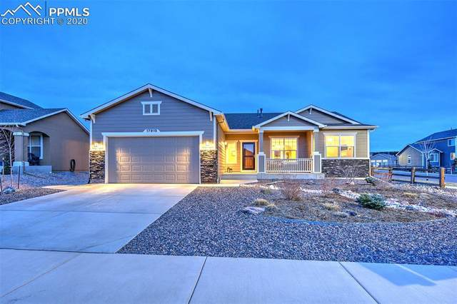 17915 Gypsum Canyon Court, Monument, CO 80132 (#5606098) :: The Harling Team @ Homesmart Realty Group