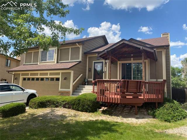 8055 Pinoak Court, Colorado Springs, CO 80920 (#5623080) :: Tommy Daly Home Team