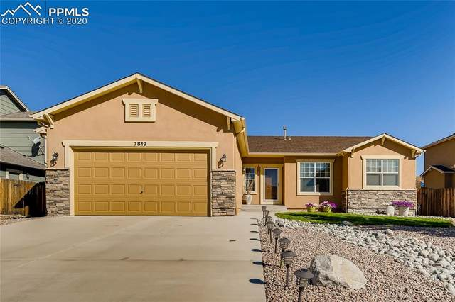 7819 Renegade Hill Drive, Colorado Springs, CO 80923 (#5717280) :: Action Team Realty