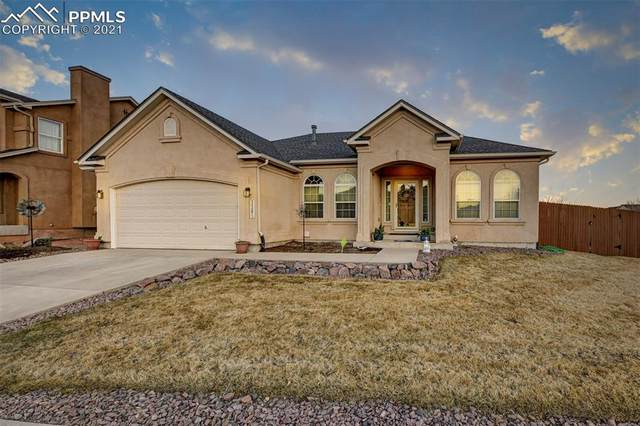 3389 Magellans Eagle Drive, Colorado Springs, CO 80916 (#5752233) :: The Gold Medal Team with RE/MAX Properties, Inc