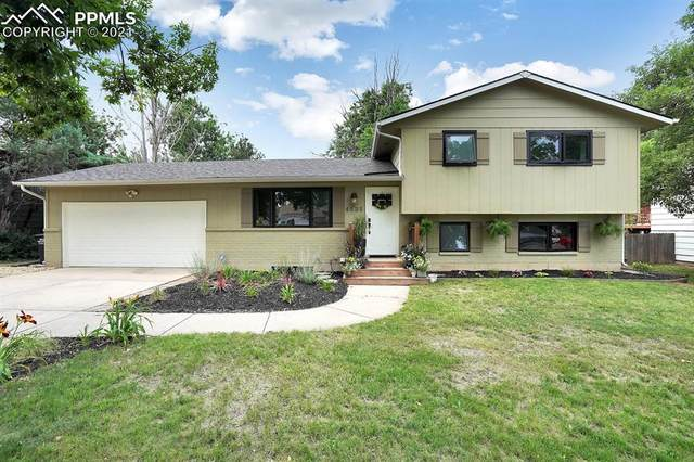 4535 N Enchanted Circle, Colorado Springs, CO 80917 (#5800453) :: Dream Big Home Team   Keller Williams