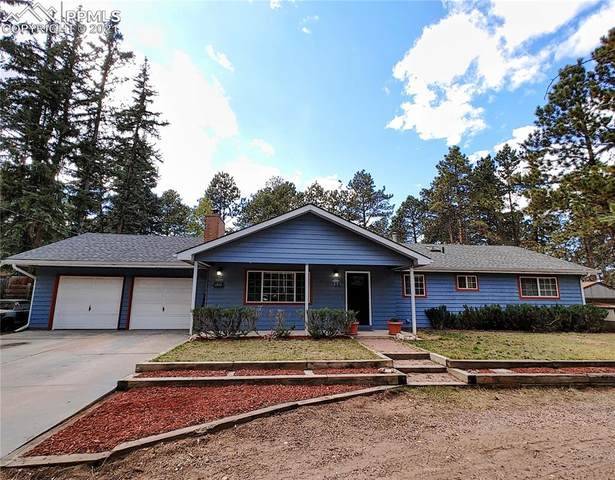 722 N Walnut Street, Woodland Park, CO 80863 (#5874298) :: The Gold Medal Team with RE/MAX Properties, Inc