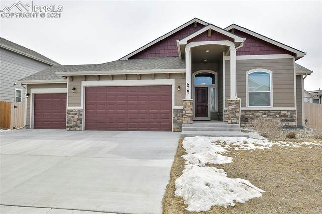 6707 Mandan Drive, Colorado Springs, CO 80925 (#5908528) :: The Gold Medal Team with RE/MAX Properties, Inc