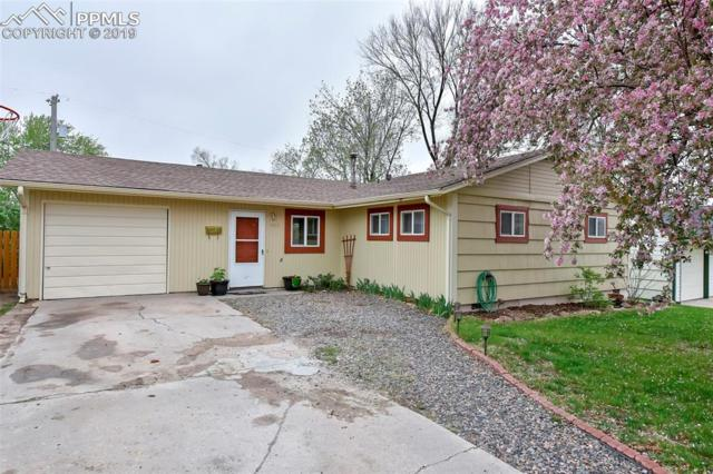 305 Elmwood Drive, Colorado Springs, CO 80907 (#6115997) :: Fisk Team, RE/MAX Properties, Inc.