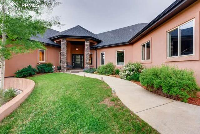 1423 Masters Drive, Woodland Park, CO 80863 (#6123434) :: Compass Colorado Realty