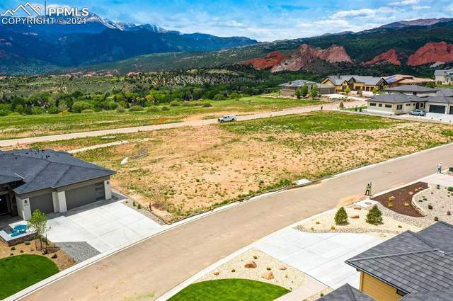 2668 Cathedral Sky View, Colorado Springs, CO 80904 (#6272121) :: Tommy Daly Home Team