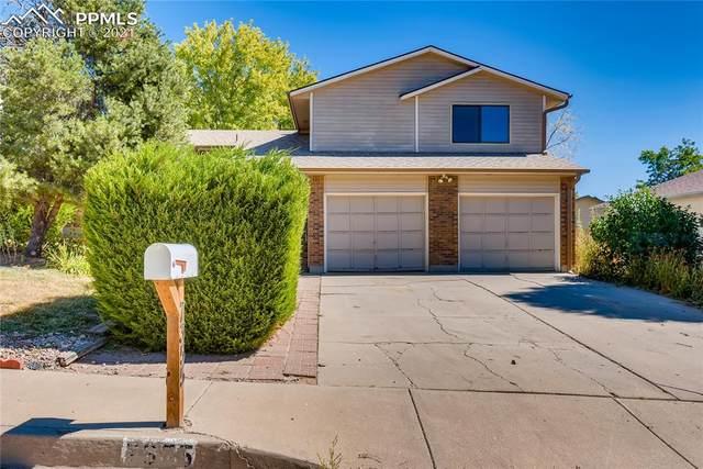 7355 Songbird Drive, Colorado Springs, CO 80911 (#6404363) :: Symbio Denver