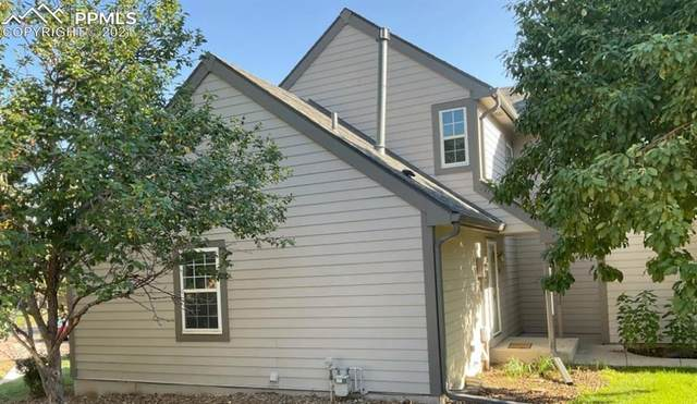 320 Cobblestone Drive, Colorado Springs, CO 80906 (#6423912) :: The Gold Medal Team with RE/MAX Properties, Inc
