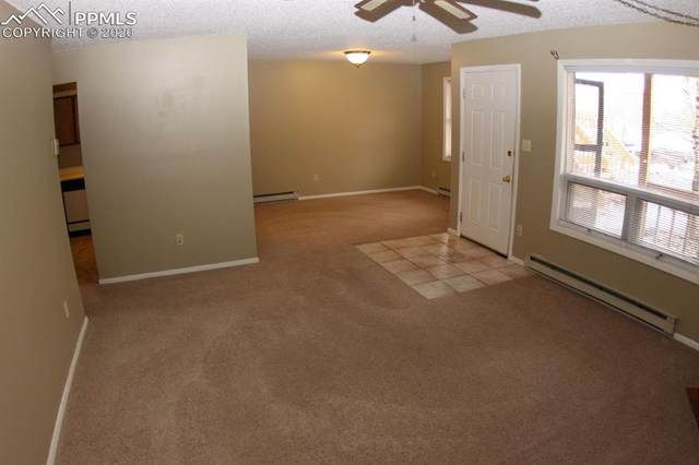 401 Forest Edge Road B-11, Woodland Park, CO 80863 (#6496433) :: Colorado Home Finder Realty