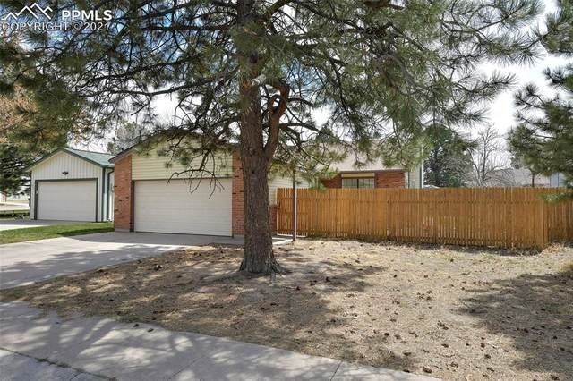 3019 N Moonbeam Circle, Colorado Springs, CO 80916 (#6497734) :: Venterra Real Estate LLC