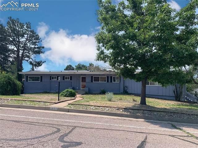 1221 Mount View Lane, Colorado Springs, CO 80907 (#6504660) :: HomeSmart