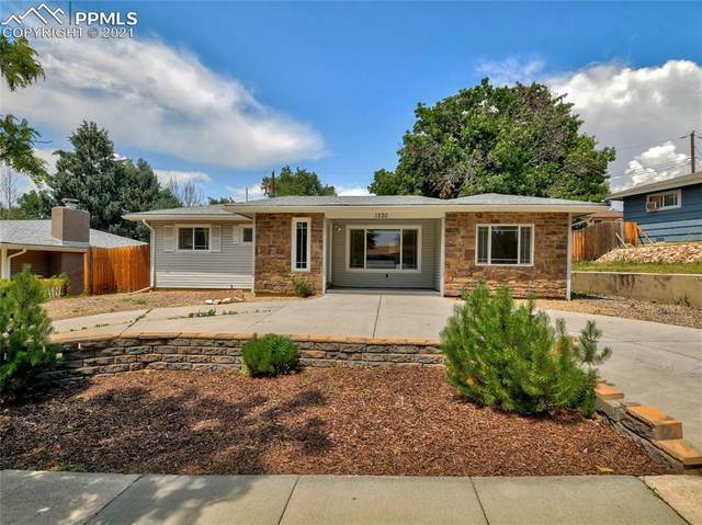 1220 Cumberland Street, Colorado Springs, CO 80907 (#6600784) :: Action Team Realty