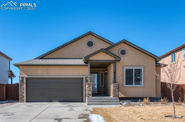 10338 Mt Lincoln Drive, Peyton, CO 80831 (#6700997) :: Fisk Team, RE/MAX Properties, Inc.