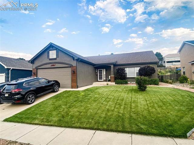 2345 Amberwood Lane, Colorado Springs, CO 80920 (#6719597) :: Tommy Daly Home Team