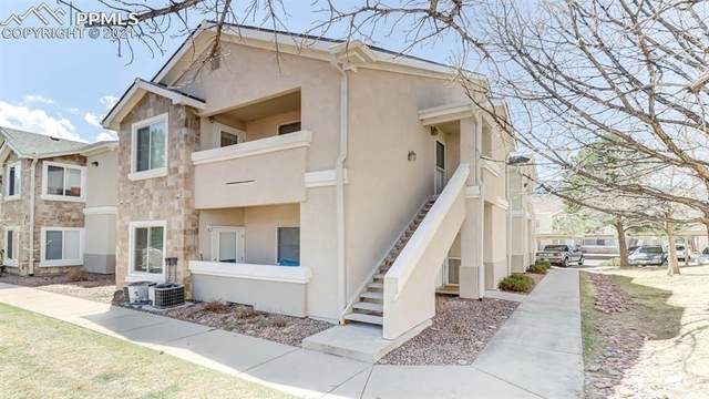 3695 Strawberry Field Grove F, Colorado Springs, CO 80906 (#6814004) :: The Kibler Group