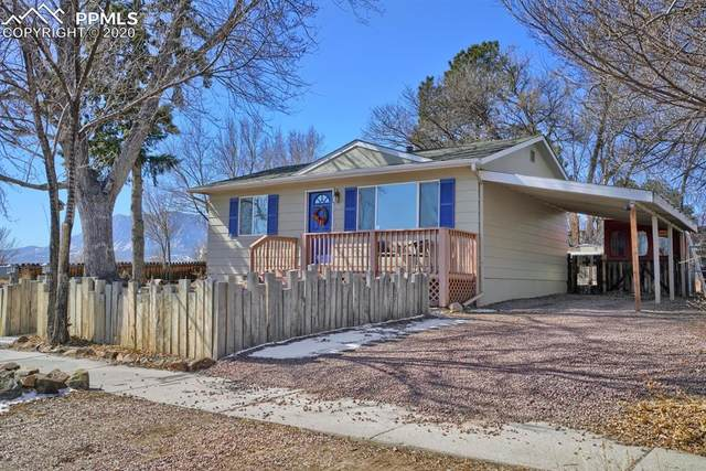 1026 Stewart Place, Colorado Springs, CO 80910 (#6913827) :: The Harling Team @ Homesmart Realty Group