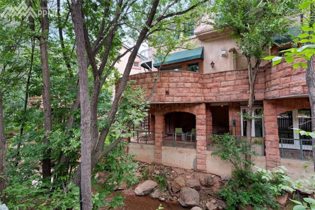 348 Manitou Avenue, Manitou Springs, CO 80829 (#6935569) :: Action Team Realty