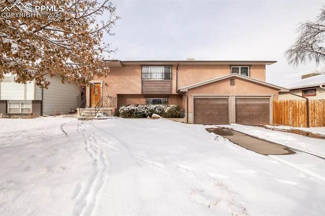 33 Briarwood Circle, Pueblo, CO 81005 (#7154949) :: The Treasure Davis Team