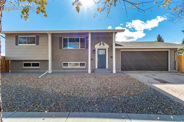 1813 Carmel Drive, Colorado Springs, CO 80910 (#7219885) :: The Gold Medal Team with RE/MAX Properties, Inc