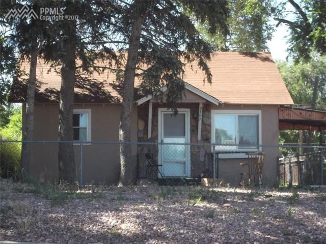 2707 E Monument Street, Colorado Springs, CO 80909 (#7385348) :: 8z Real Estate