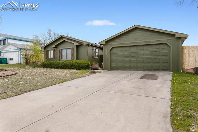 2205 Moccassin Drive, Colorado Springs, CO 80915 (#7577492) :: Hudson Stonegate Team
