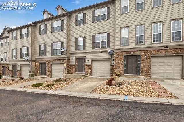 928 Burning Bush Point, Monument, CO 80132 (#8283600) :: The Treasure Davis Team | eXp Realty