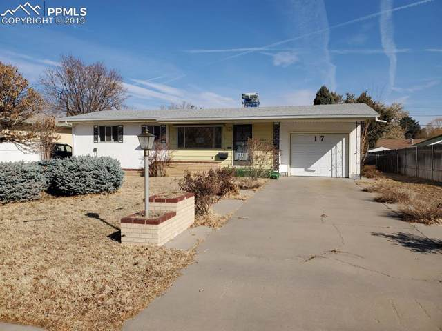 17 University Circle, Pueblo, CO 81005 (#8316786) :: HomePopper