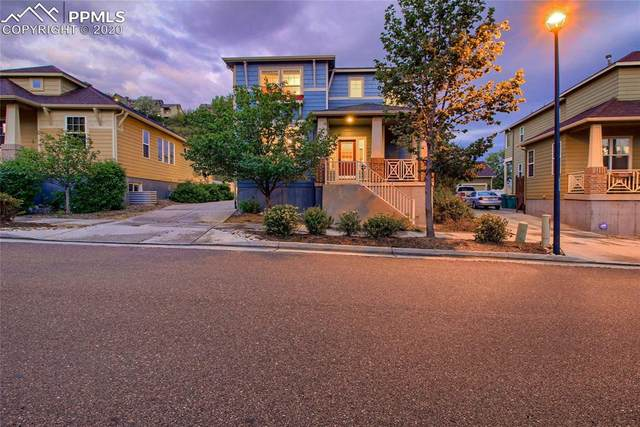 2273 St Claire Drive, Colorado Springs, CO 80910 (#8407447) :: 8z Real Estate
