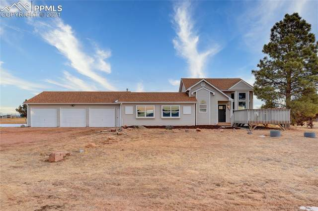3940 Broken Arrow Drive, Peyton, CO 80831 (#8452168) :: The Harling Team @ HomeSmart
