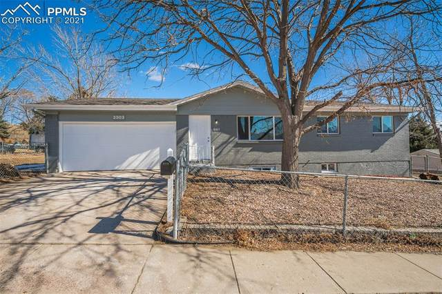 2303 Sombrero Drive, Colorado Springs, CO 80910 (#9035085) :: Hudson Stonegate Team