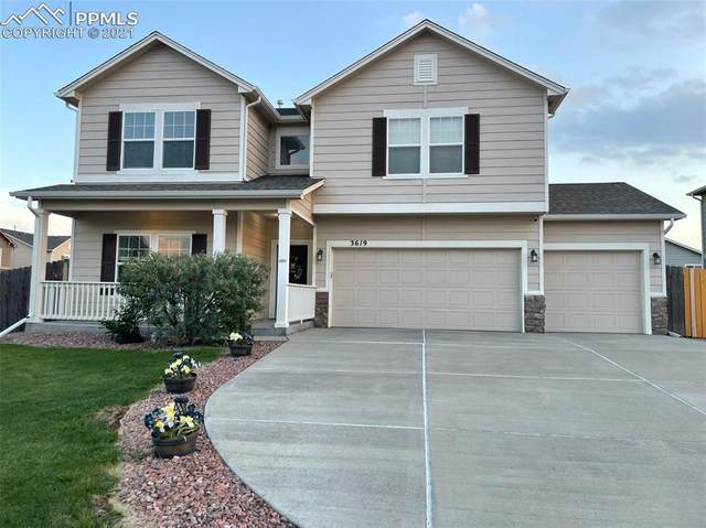 3619 Chia Drive, Colorado Springs, CO 80925 (#9133409) :: Symbio Denver