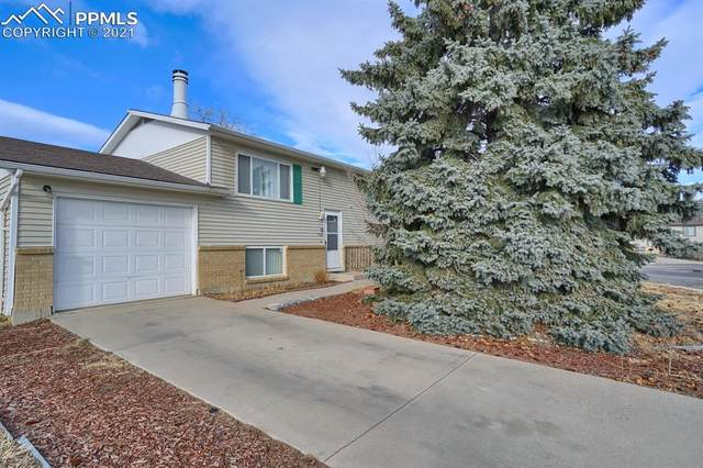 1920 Pepperwood Drive, Colorado Springs, CO 80910 (#9218005) :: Hudson Stonegate Team