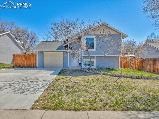 1035 Greenbrier Drive, Colorado Springs, CO 80916 (#9380901) :: HomeSmart