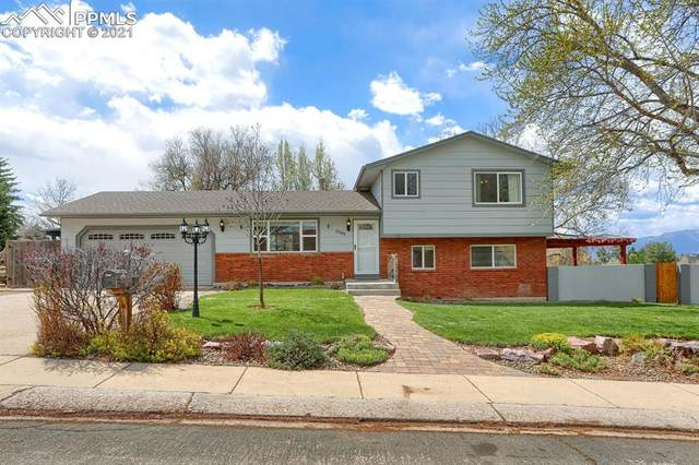 3195 Toro Drive, Colorado Springs, CO 80918 (#9419335) :: HomeSmart