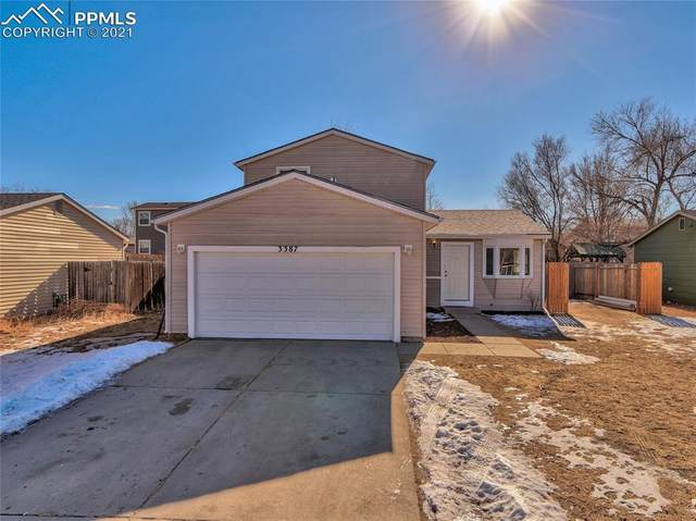 3387 Foxridge Drive, Colorado Springs, CO 80916 (#9444552) :: HomeSmart