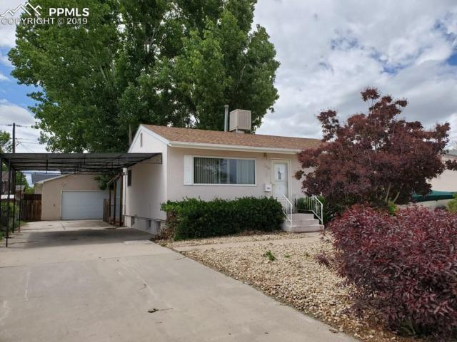 2135 Elmwood Lane, Pueblo, CO 81005 (#9473290) :: The Hunstiger Team