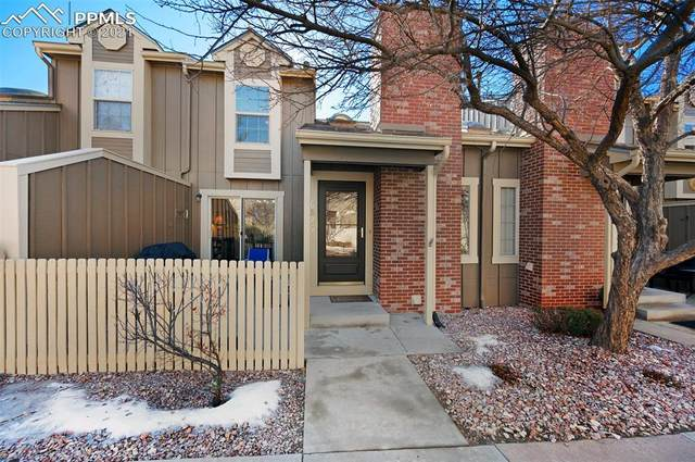 6825 Los Reyes Circle, Colorado Springs, CO 80918 (#9502920) :: The Dixon Group