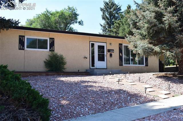 1924 Trent Avenue, Colorado Springs, CO 80909 (#9960329) :: The Artisan Group at Keller Williams Premier Realty