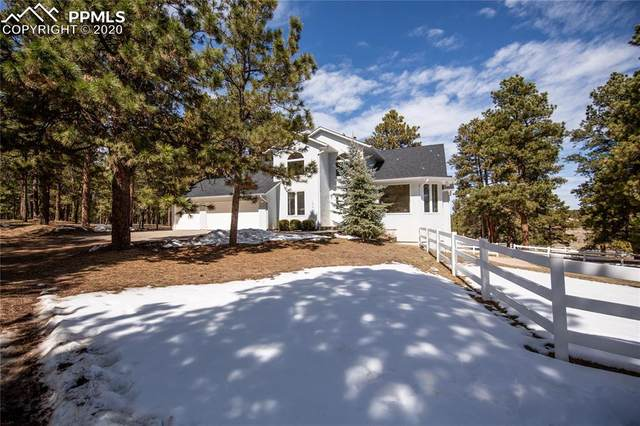 19910 E Elk Creek Drive, Colorado Springs, CO 80908 (#2100209) :: Venterra Real Estate LLC