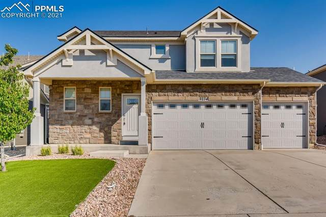 9234 Castle Oaks Drive, Fountain, CO 80817 (#2261749) :: Symbio Denver