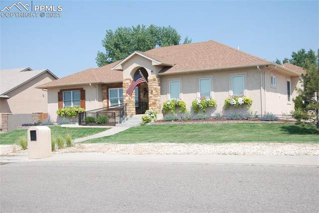 7 Erica Court, Pueblo, CO 81001 (#3666541) :: The Harling Team @ HomeSmart