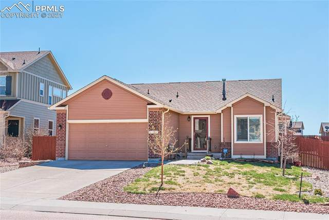10377 Mount Evans Drive, Peyton, CO 80831 (#4704802) :: The Daniels Team
