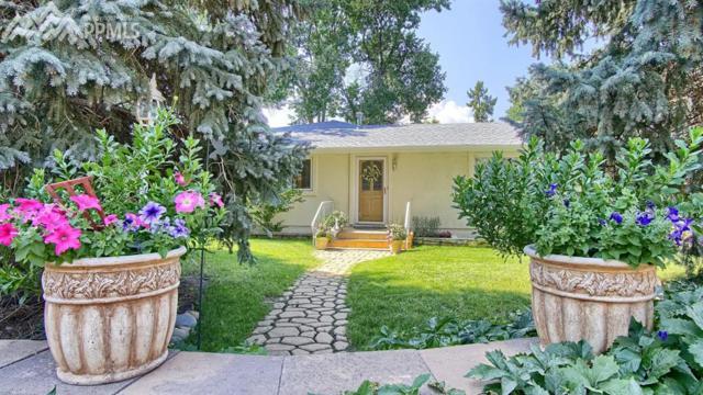 1050 Mohawk Drive, Colorado Springs, CO 80904 (#7404853) :: 8z Real Estate