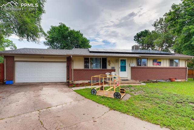 1447 Moffat Circle, Colorado Springs, CO 80909 (#8323354) :: The Kibler Group