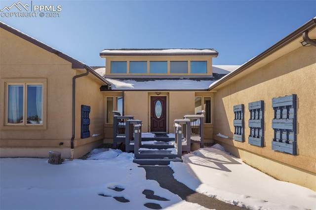 100 Pennsylvania Avenue, Woodland Park, CO 80863 (#9861725) :: The Cutting Edge, Realtors