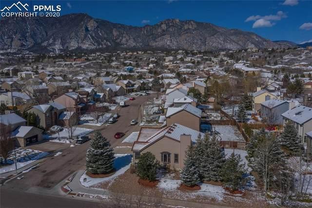 690 Robinglen Court, Colorado Springs, CO 80906 (#6163587) :: Venterra Real Estate LLC