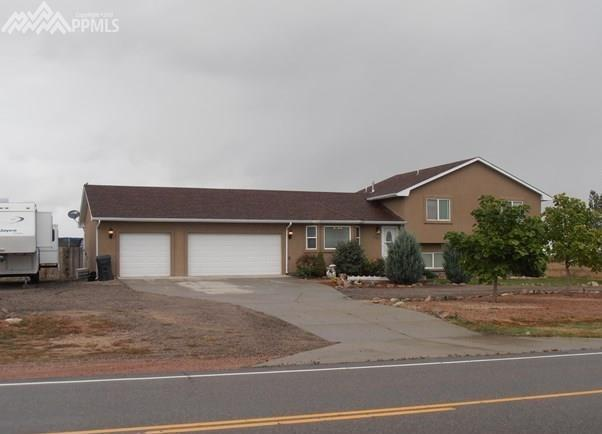 1043 W Mcculloch Boulevard, Pueblo West, CO 81007 (#1144188) :: 8z Real Estate