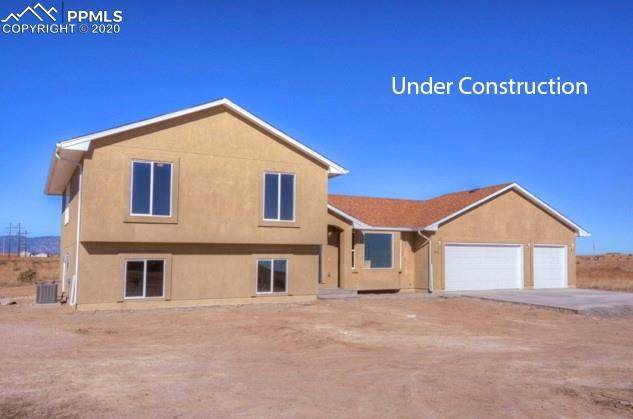 18279 La Questa Drive, Fountain, CO 80817 (#1179713) :: Finch & Gable Real Estate Co.