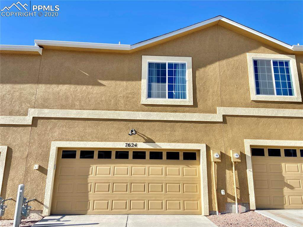 7624 Silver Larch Point - Photo 1